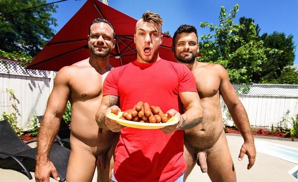 Resultado de imagem para MEN - Sausage Party - Darcy Oak, Jeremy Spark, William Seed porn