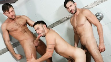 Photo of Two Big Dicks Are Better Than One! – Cesar Rossi, Scott DeMarco e Jack Andy