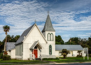 photo of Holy Comforter church in Crescent City, FL
