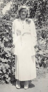 Eunice Putnam @ Dougherty Ranch Summer 1933 or 4