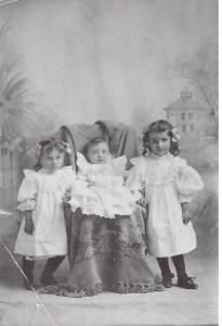 Clara, Paul, & Amelia Bender  1907
