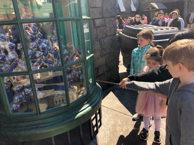 Hogsmeade Harry Potter Wand