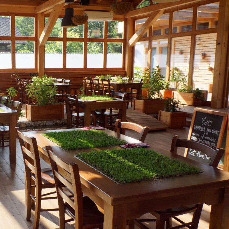 Restoran u Garden Villageu