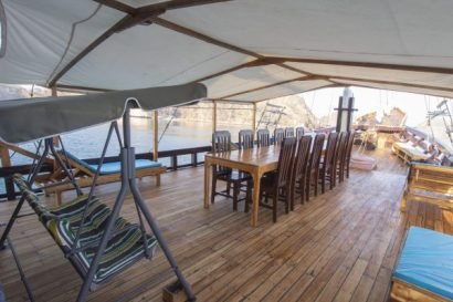 Outdoor Dinning Room Maipa Deapati Liveaboard