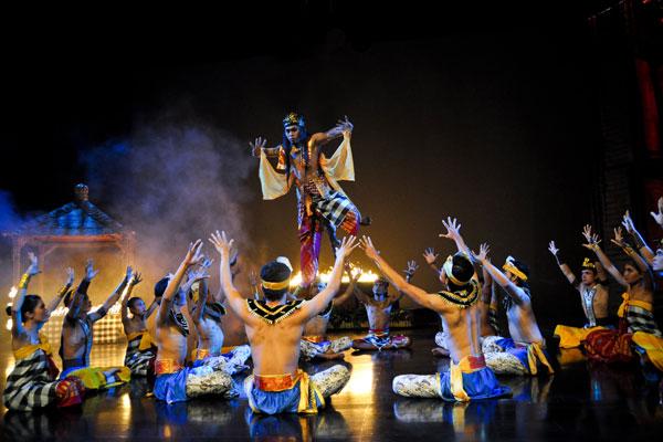 harga-tiket-devdan-show-bali-2018-putra-wijaya-tours.com