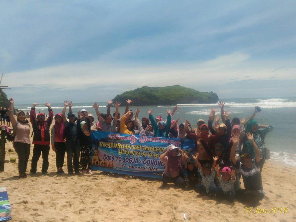 Paket Wisata Murah Jogja Gunungkidul Hutan Pinus Pengger Goa Pindul Pantai Indrayanti