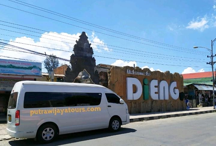 Sewa Mobil Hiace di Purwokerto Kebumen Banyumas Magelang