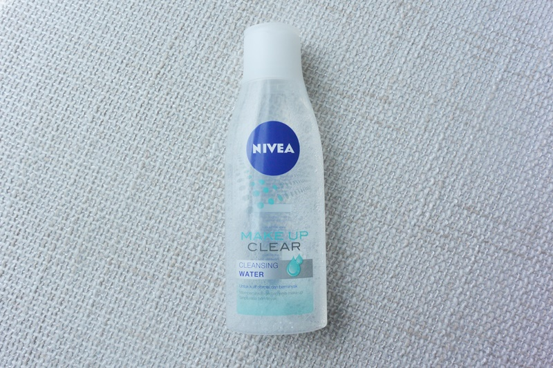 NIVEA MAKE-UP CLEAR CLEANSING WATER REVIEW