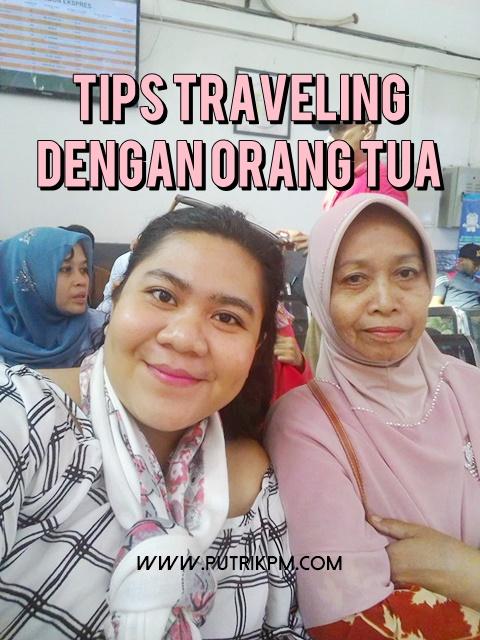 Tips Traveling Dengan Orang Tua