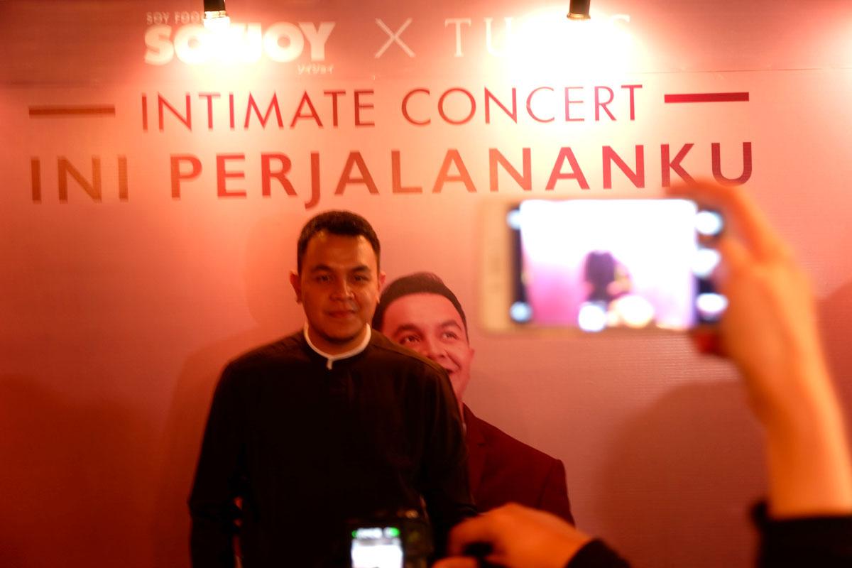 Tulus Intimate Concert #IniPerjalananKu Bersama SoyJoy