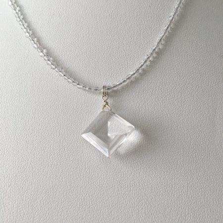 healing crystals, healing crystal jewelry, crystal jewelry, crystal necklace, spiritual jewelry,