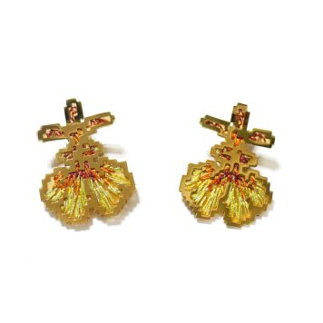 Heng Lee, earrings - Nickel silver plated with 20K gold, thread, silk organza