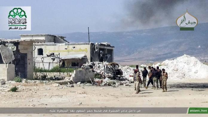 Ahrarus-Sam nakon zauzimanja kontrolne tacke Sawmill juzno od grada Dzisru Sugura
