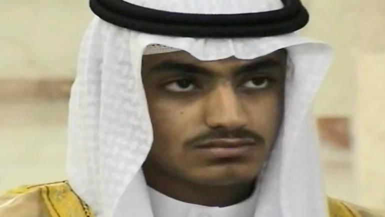 Hamza bin Laden posljednji put je u javnosti viđen je na videosnimku koju je objavila Al-Kaida prošle godine, u kojem prijeti Saudijskoj ArabijiEPA