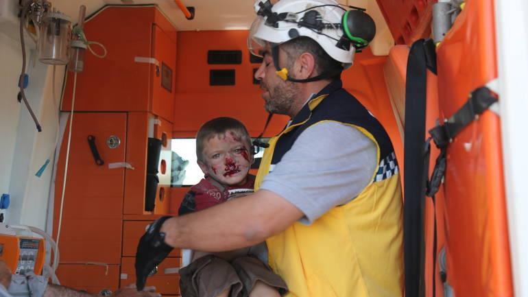 Assadove snage nastavile bombardiranje Idliba: Ubijeno najmanje šestero civila