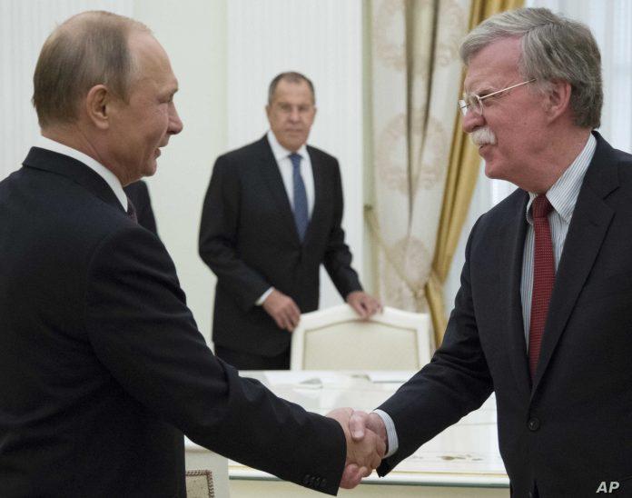 Bolton i Putin