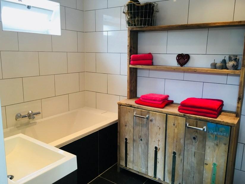 badkamer-vakantiehuis-betuwe-puurvangeluk