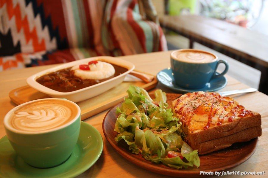 【開燈咖啡.Dawn Surf & Co. Cafe】信義區。城市衝浪,是咖啡館也是酒館♥(國父紀念館站)
