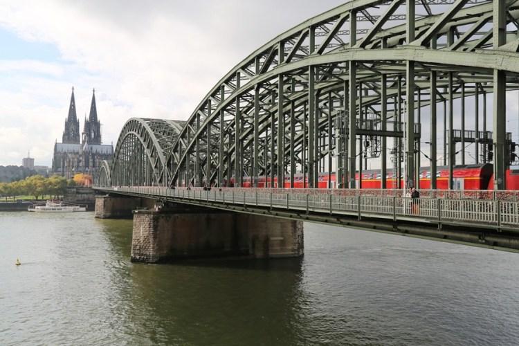 【德意志Guten Tag】科隆(Koln)。佈滿愛情鎖的霍亨索倫橋
