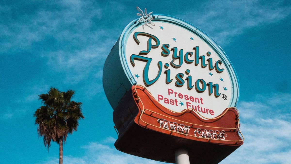Psychic or Medium Sign with post