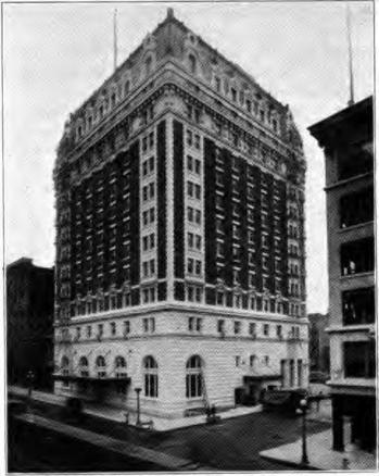 Image of the Benson Hotel 1920's in Portland Oregon
