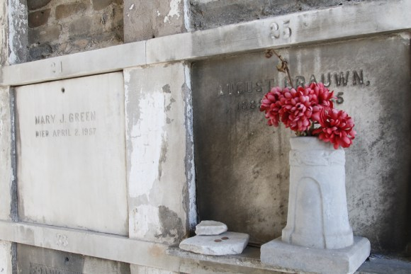 Lafayette Cemetery 2 Puzzle Box Horror images red flowers in tomb