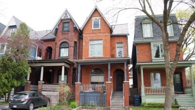 Cowan Ave (187)