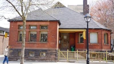 Cowan Ave (85)