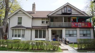 Cowan Ave (94)