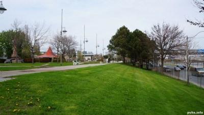 Dufferin St (120)