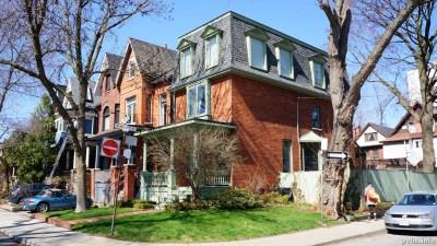 Springhurst Ave (166)