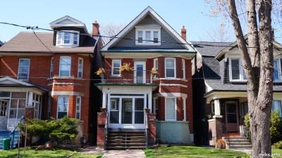 Springhurst Ave (186)