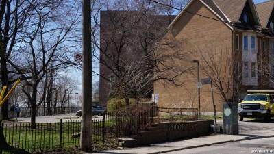 Springhurst Ave (70)