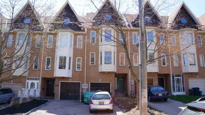 Springhurst Ave (77)