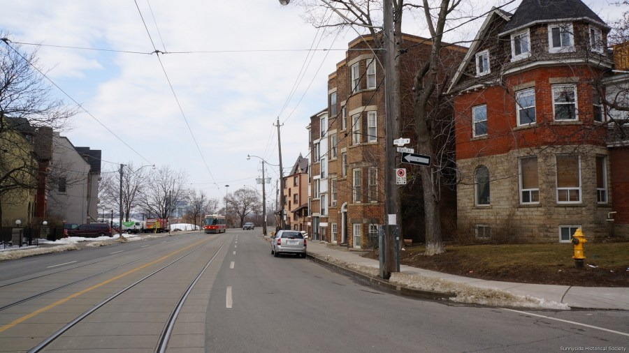 k King St W Dowling look west 2016