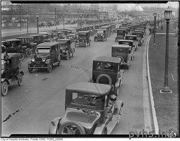 Sunnyside Traffic 1925 Toronto Archives Fonds 1266 Item 4960.