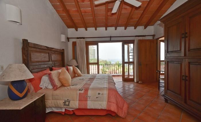 Casa-De-Oro-Puerto-Vallarta-Real-Estate--107