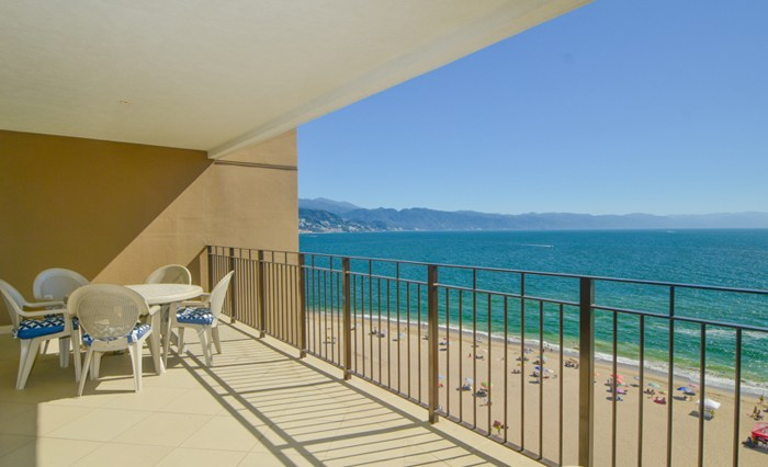 Grand-Venetian-Torre-2000-901-Puerto-Vallarta-Real-Estate-PV-Realty--22