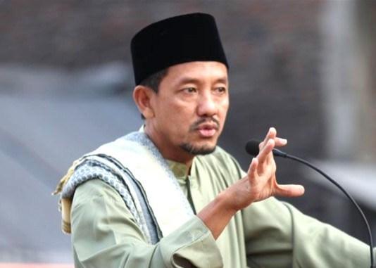 China, Khilafah Baru Pasca-Amerika? Tulisan opini oleh Dhimam Abror Djuraid, wartawan senior, tinggal di Surabaya.