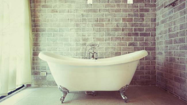 Afbeelding van een badkuip op pootjes,