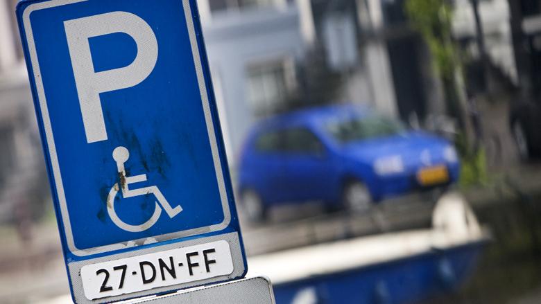 Gehandicapten worstelen zich door oerwoud aan parkeerregels