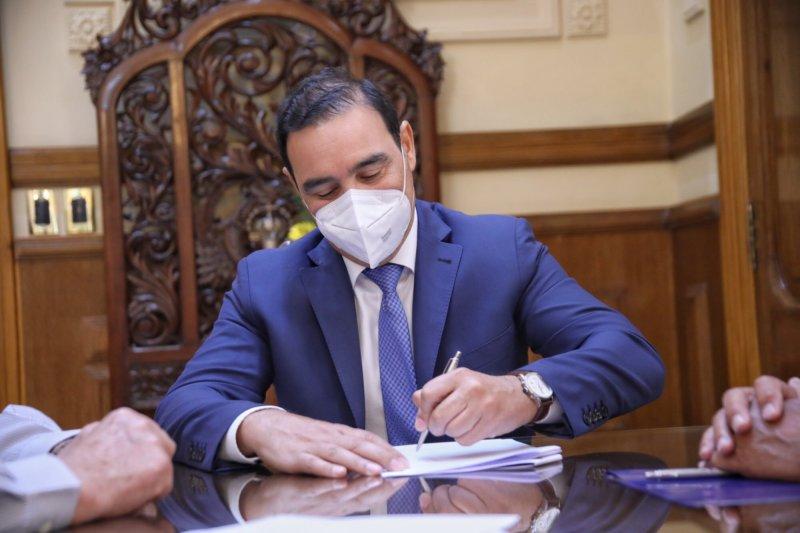 Valdés anunció que la Nación reconstruirá una ruta estratégica de  Corrientes - El litoral
