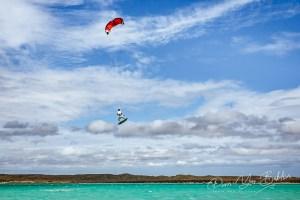 Kitesurf, baie de Diego Suarez, Madagascar.