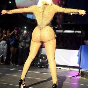 Nicki-Minaj-ass-6