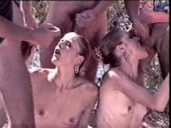 Christelle et Sandrine jumelles porno2