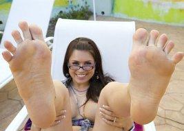 Eva Angelina feet tn_evaangelina-4