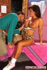 Holly Body Big Breast 92009_04_122_52lo