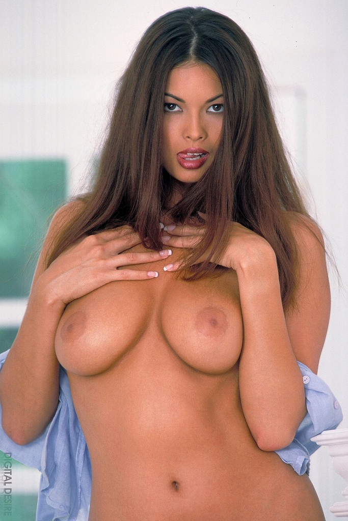 Tera Patrick Supreme Beauty
