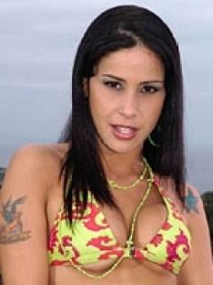 Monica Mattos 22792