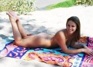 nudist teens nude-beach-teen